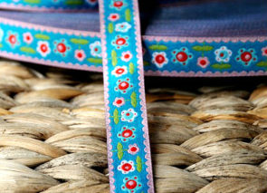 Stuha – květy modré
