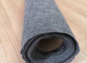 Novopast šedý, 80+18 g/m2 – kilové zbytky, balíček č. 1