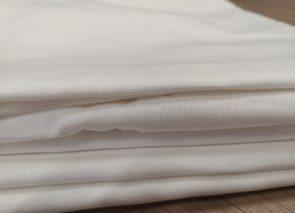 Plátno 140 g/m2 bílé